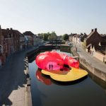 Ένα πλωτό έργο τέχνης στο Βέλγιο